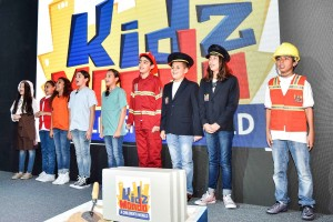 KidzMondo ambassadors in a group photo
